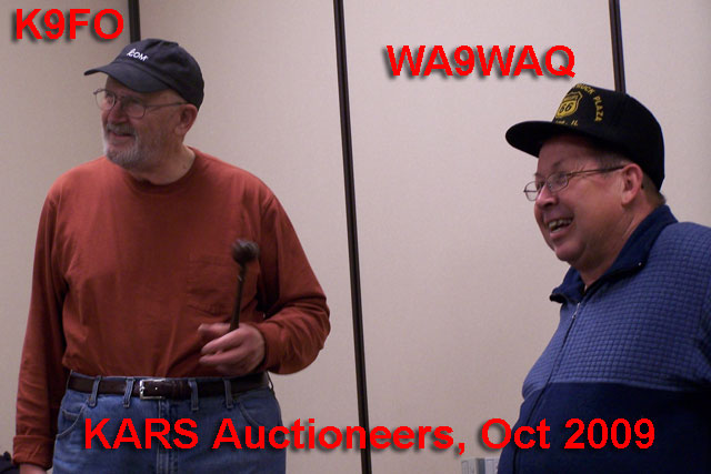 Dueling Auctioneers Will K9FO at left and Dan WA9WAQ